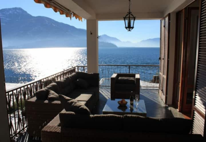 "3 bedroom apartment ""Carla"" on Lake Como, Italy"