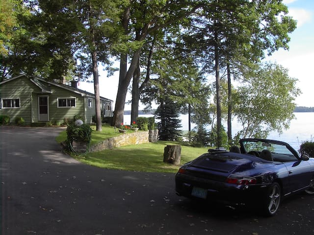 Private 1000 Island 3 Bedroom River Front Cottage - Brockville - Cabin