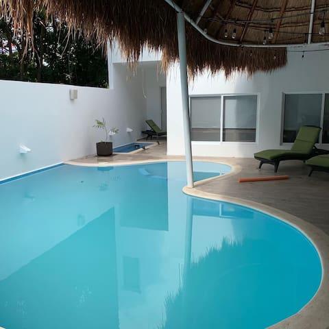Brand new, pool house!  in Puerto Morelos