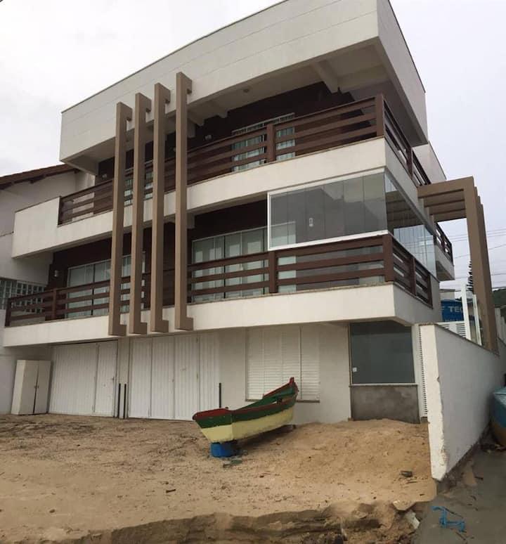Casa beira-mar em Bombinhas!