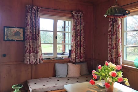 Holiday Home in Pähl with Terrace, Garden, Heating, Parking