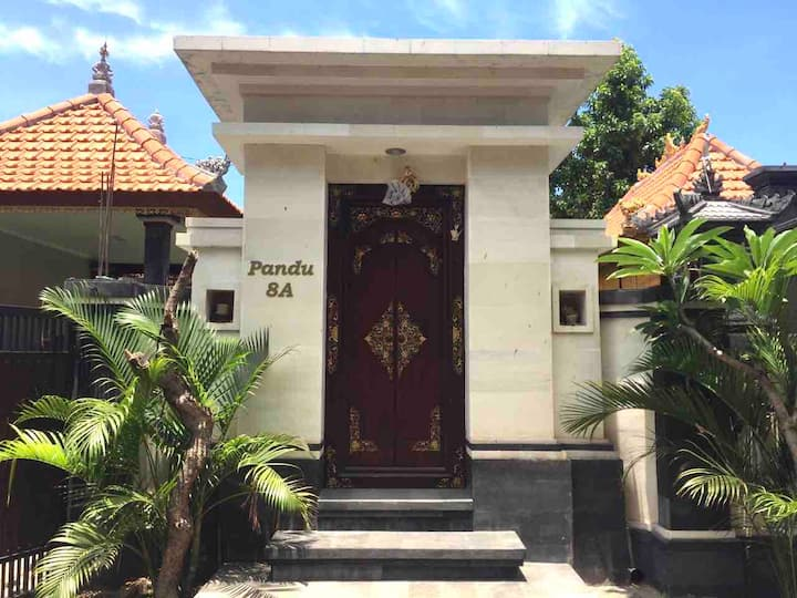 Pandu Guest House