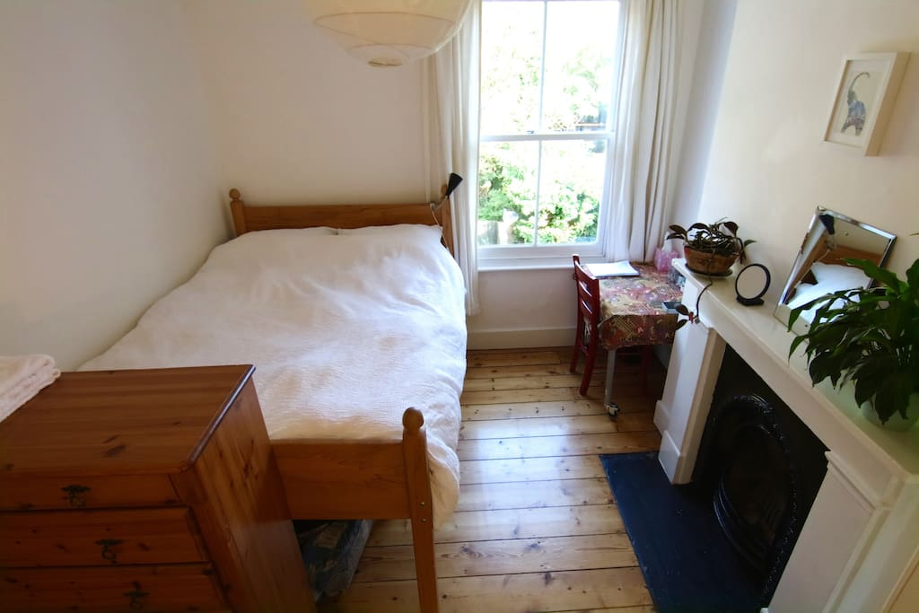 bedroom with double bed, high-speed internet
