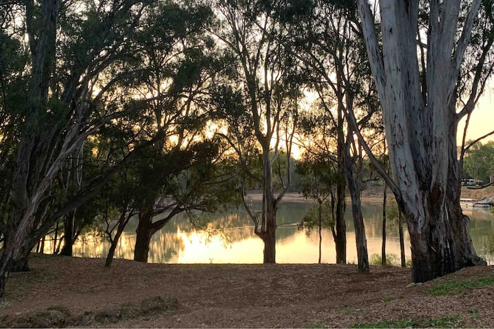 Highview Waters On The Banks of the Murray River