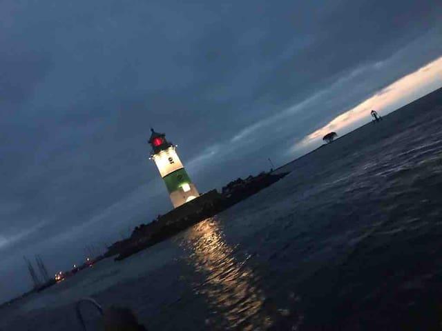 leuchturm in schleimünde - eigener bootsliegeplatz und motorboot können mitgebucht werden