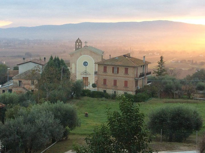 Perugia view - apartment in old hilltop village