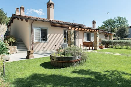 In the heart of tuscan countryside near Florence I - Carmignano - Haus