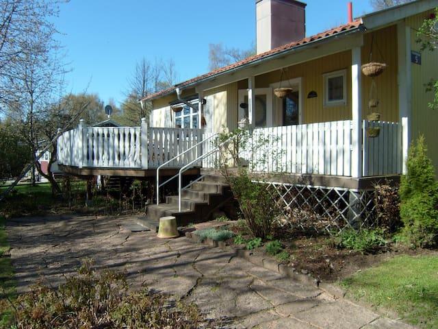 Ruim, mooi gelegen huis in Småland - Uppvidinge N - Villa