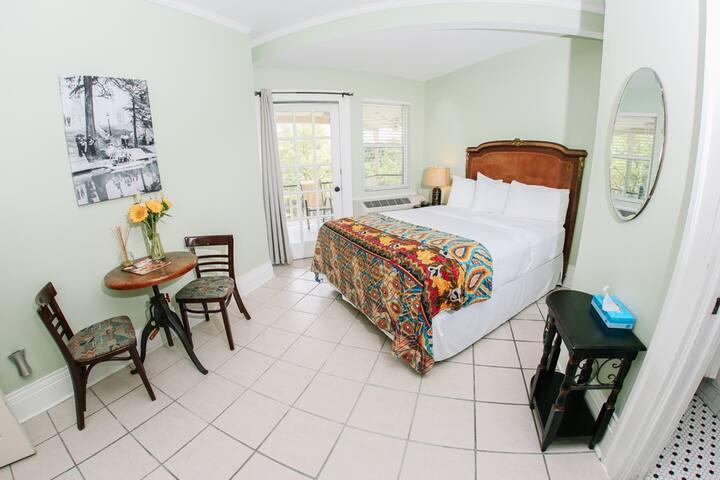 Lonestar Suite
