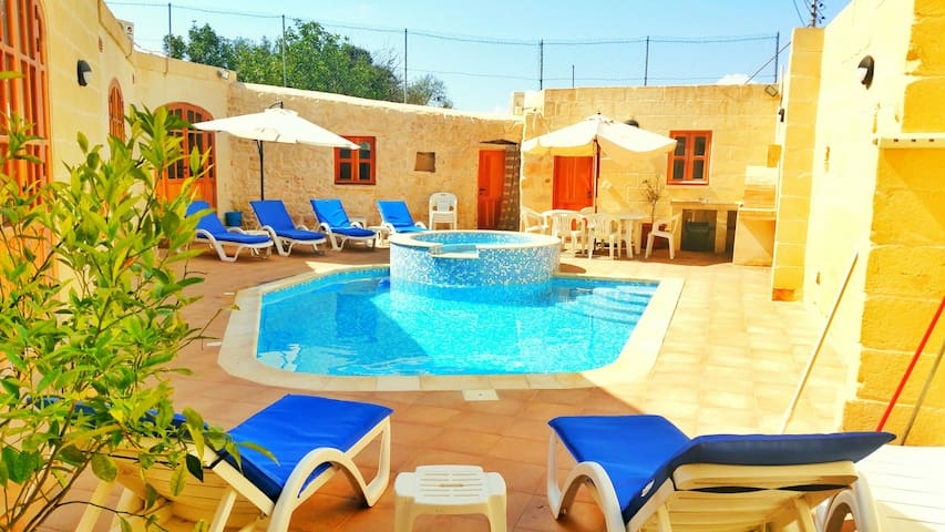 Margerita Farmhouse - Qrendi - 別荘