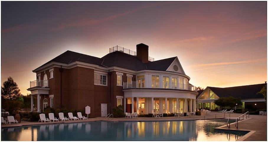 Williamsburg Resort 2br/2ba unit B