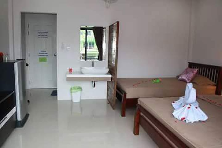 JP home & backpacker - Ao Nang - Guesthouse