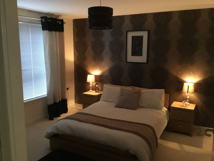 Spacious Double Bedroom... with plenty of storage space and a build in wardrobe