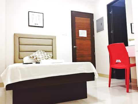 Red-Corner Residences, Standard Single Occupancy