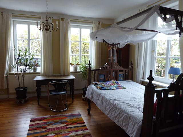 Living in a historic house just outside Hamburg
