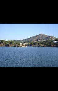 Adosado en línea de lago - Córdoba