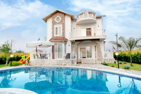 Villa Aylin Sealight Villas - Belek Belediyesi
