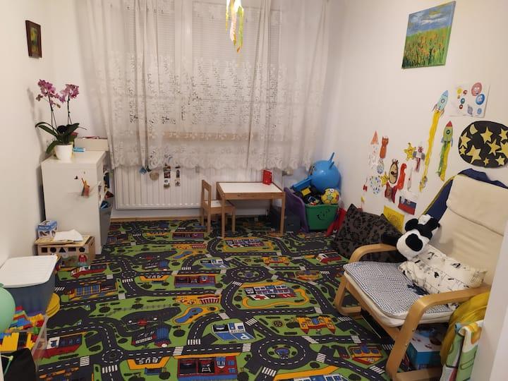 Baby friendly 3-bedroom acommodation