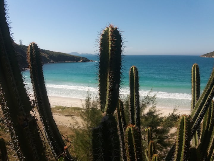 Arraial do Cabo apto 3 quartos  suítes -Beira Mar