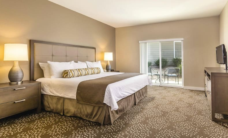 3 br condo in wine country - #1 on TripAdvisor - Windsor - Appartement en résidence