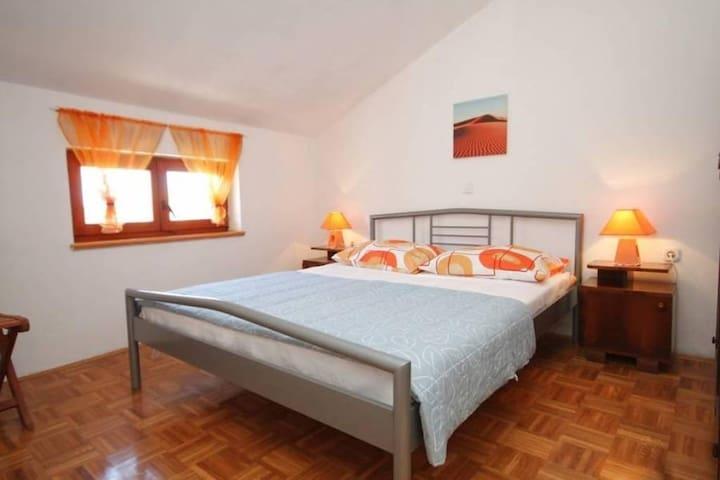 Comfortable apartment Leon, step from the beach - Preko - Apartment