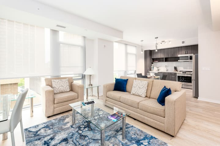 Modern 1Bedroom Apartment | Pentagon City | by GLS