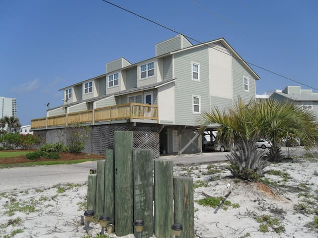 3BR/3BA Townhome with Great Views! - Gulf Shores - House