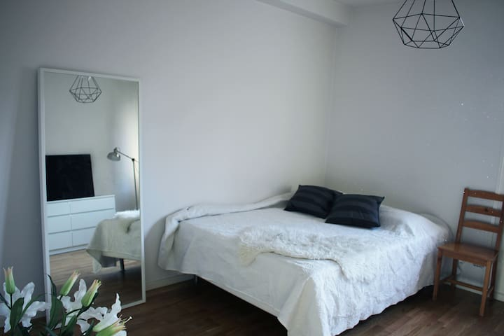 Nice one-room-apartment near Södermalm and City - Stokholm