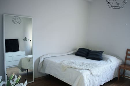 Nice one-room-apartment near Södermalm and City - 斯德哥爾摩 - 公寓