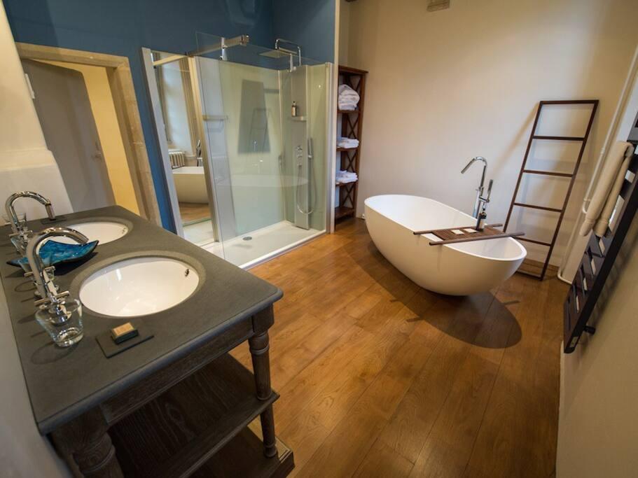 Suite Tocqueville - Salle de bain