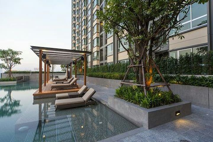 Cozy private 1b Near sky train - Bangkok - Apartament
