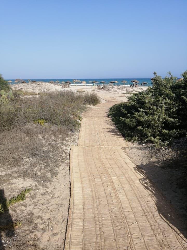 Jolie villa a moins d'une minute a pied de la mer