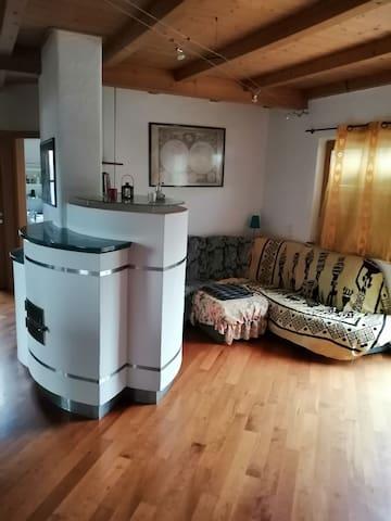 Wunderschönes Zimmer in Wohnung