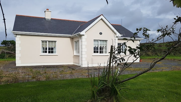 Summerbank Cottage, along the Wild Atlantic Way