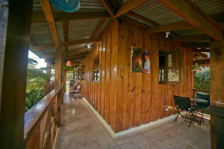 Cabaña campestre en la montaña - Bonao - Natur lodge