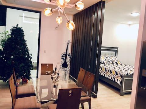 Apartamento Moderno con Piscina.