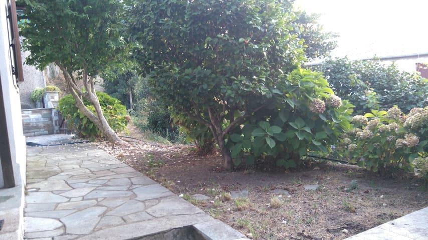 Rock path around the house