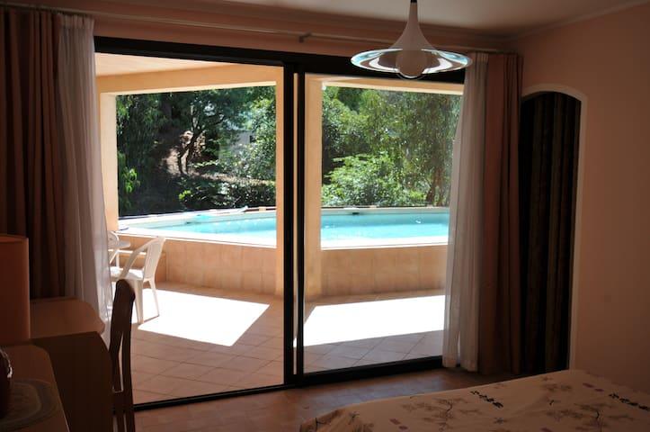 Chambre3 dans villa vue mer+piscine - Cannes - Villa