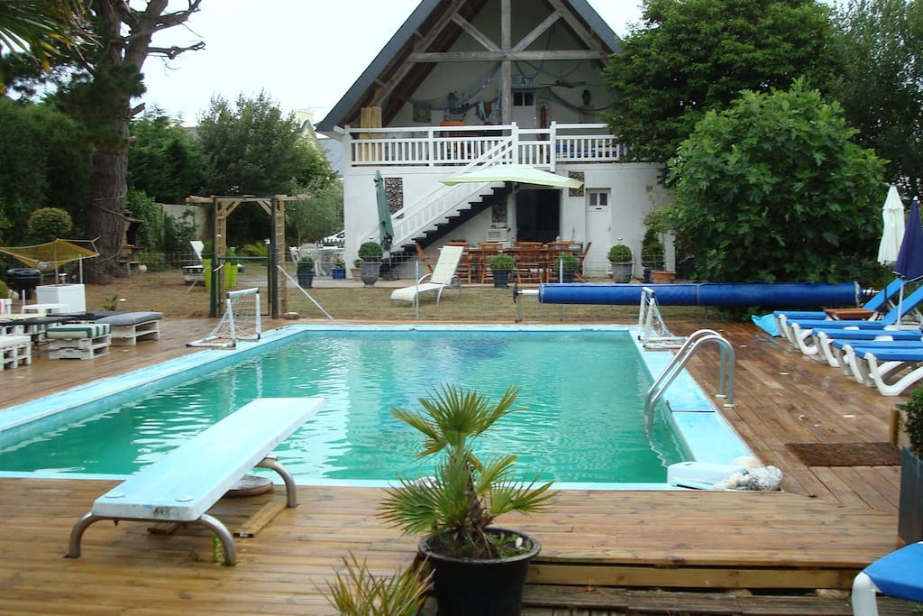Villa with heated pool near beach ville in affitto a for Piscine 5 juillet bab ezzouar
