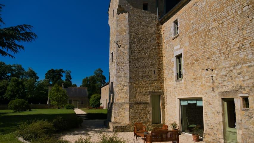 Château de Monceaux à 5mn de Bayeux, proche Mer