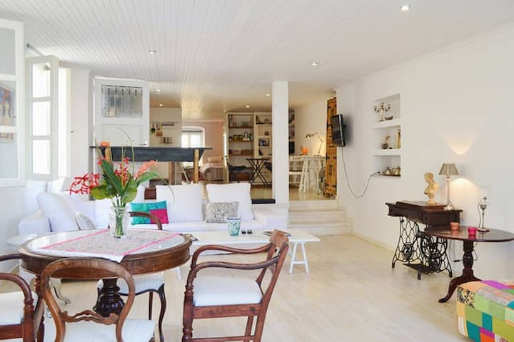 Stylish apartment in the heart of the old town!