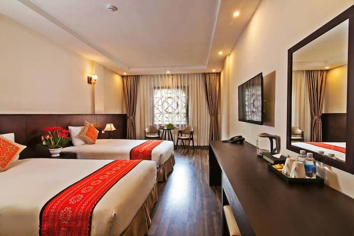 Twin Room in Lacasa Sapa Hotel (room only)