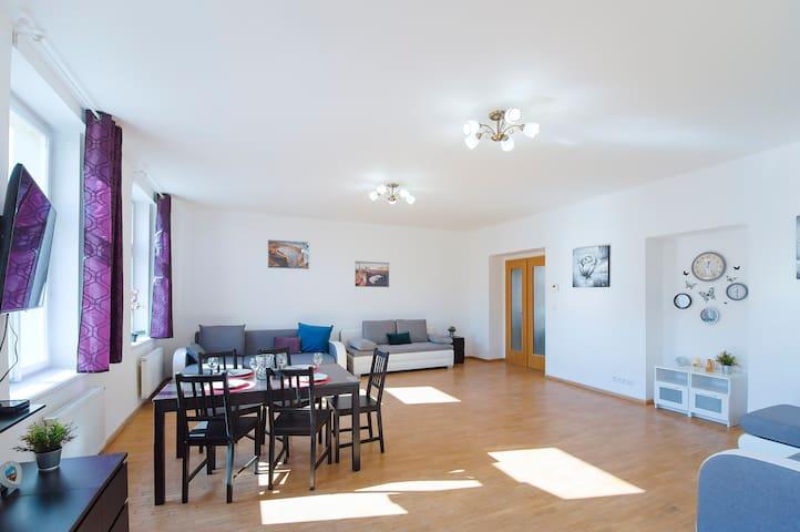 Amazing 5 rooms apartment
