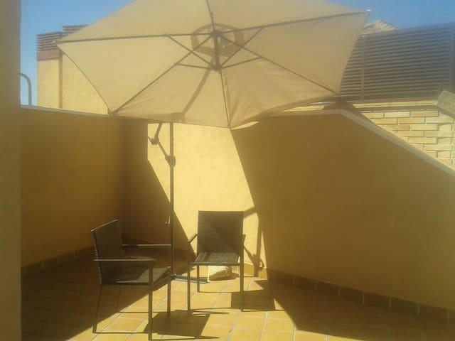 Piso con terraza ático con vistas a la Pedriza