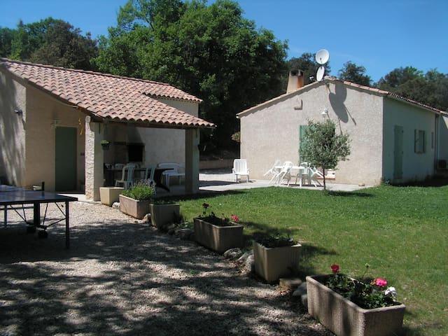 Chambre douillette dans villa - Beaumont-de-Pertuis