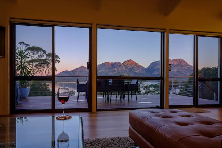 Arthouse Freycinet - *5 Star* rating