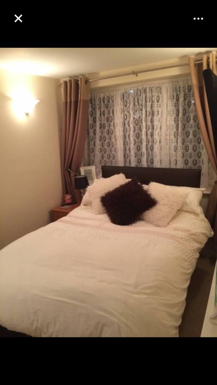 Double room with en suite toilet