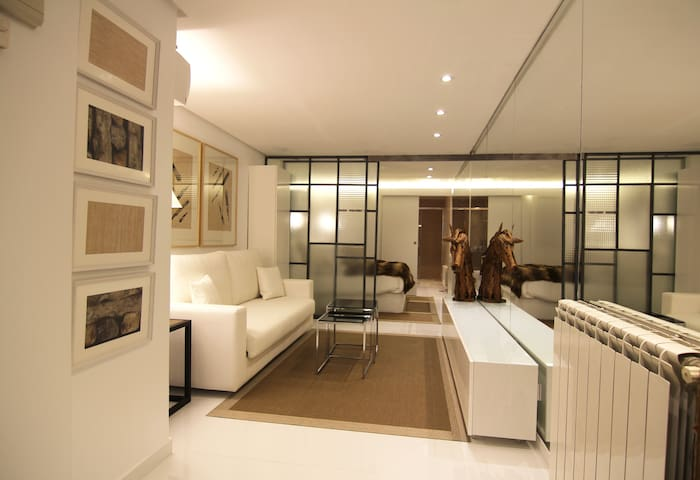 Desing Loft just reformed in Gran Via and Sol - Madrid - Apartment