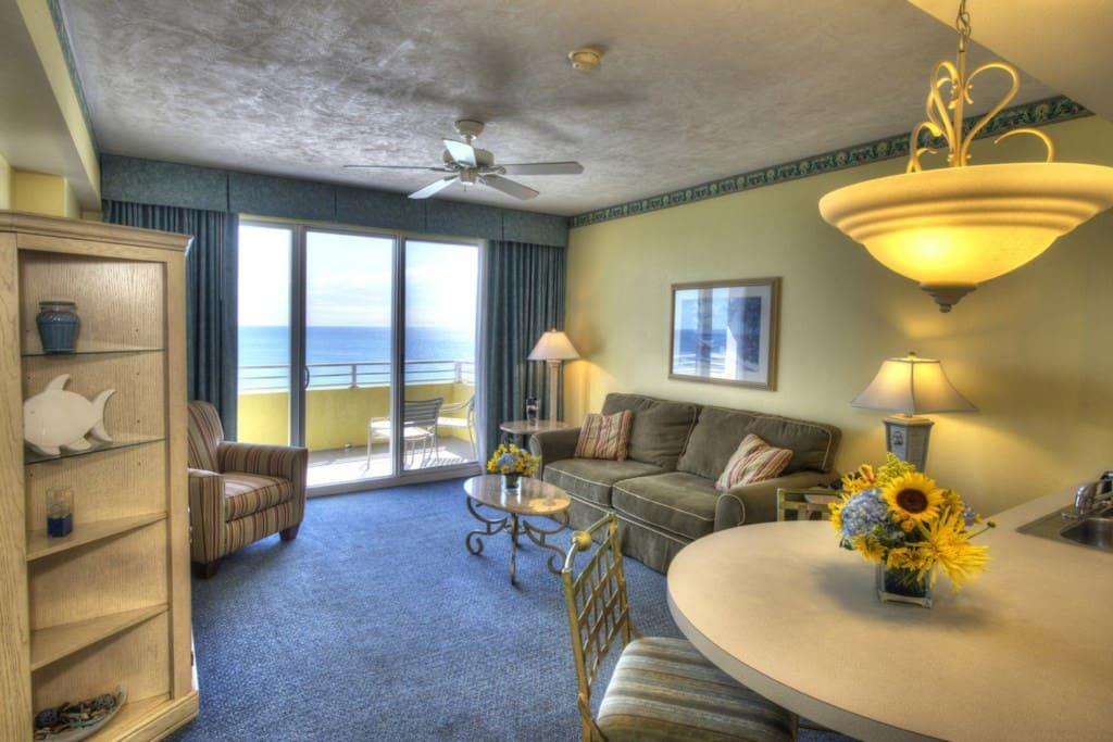 Daytona Beach_DSC_9674And8more_tonemapped.jpg