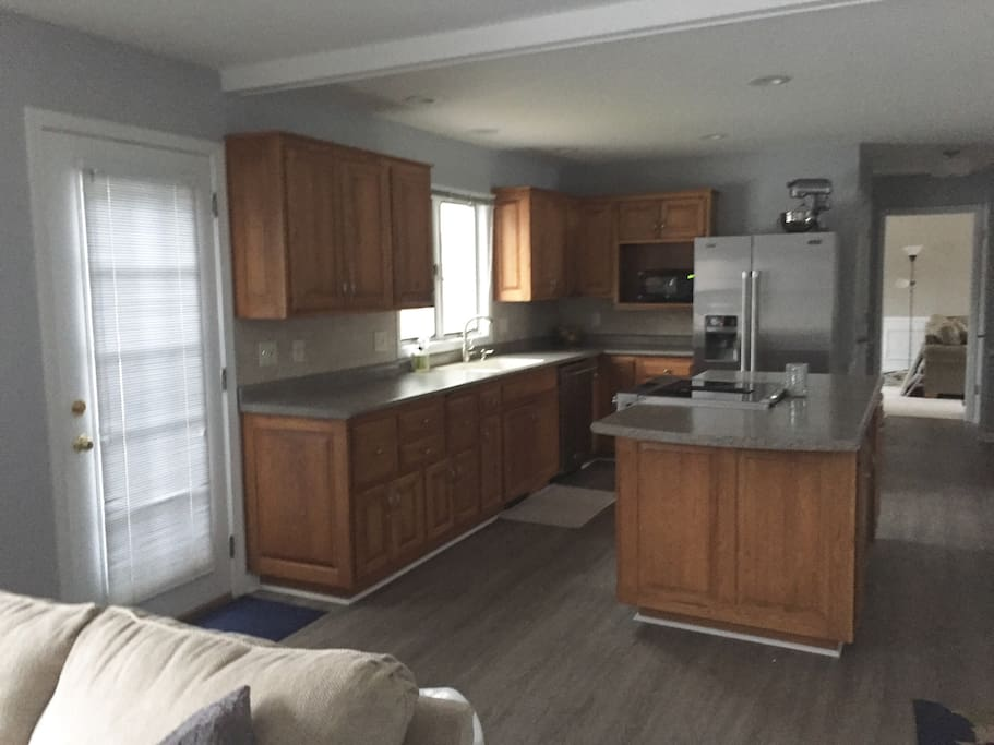 Kitchen is open to living room 1